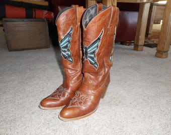 Vintage DINGO caramel leather butterfly inlay tall cowgirl boots sz 8 M Great condition