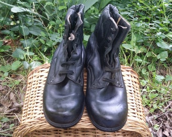 Leather boots, Combat boots, Military mens boots, Military shoes, Black leather shoes, Vintage boots, Women boots, Black leather boots.
