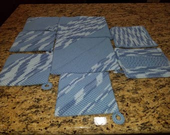 HOT pads and Dish Cloth set