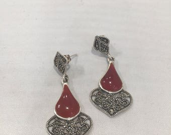 Earrings in silver and carnelian