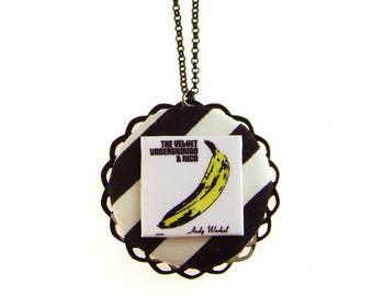 THE VELVET UNDERGROUND & NICO CIRCLE NECKLACE