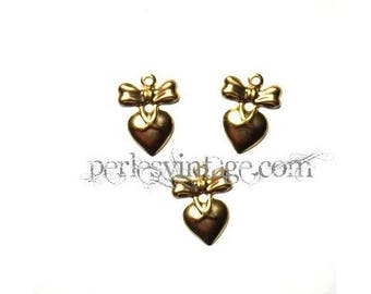 5 pendants / charms heart and gold bow