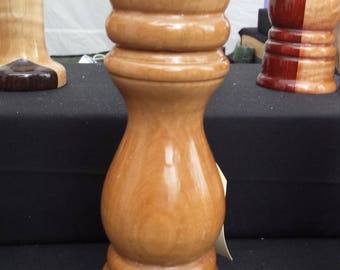 """Pepper Mill 8"""" Curly Maple"""