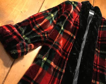 Vintage DonnyBrook Fur coat Luxurious style medium plaid pattern faux fur designer fur winter coat womens