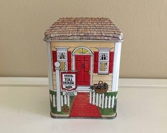 Nestle Toll House Village Tin
