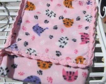 Cat Blanket - Fleece Cat Blanket - Cat Bedding - Kitty Blanket - Kitty Cats