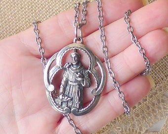 Silver Tone Saint Anthony Of Padua Pendant and Chain Necklace Vintage St. Anthony, Silver Tone Religious Catholic Jewelry, San Antonio