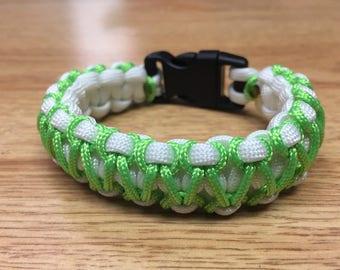 White and Green Hereingbone Paracord Bracelet