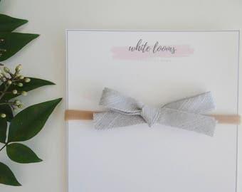 Mini Bias Tape Bow - Metallic Gray /Girl Headband/ Nylon Headband/ Cotton Bows/ Fabric Headband/ Spring Bows/Newborn Bows/Girl Headbands