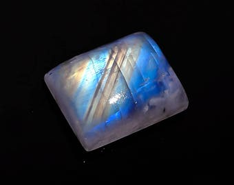 Amazing Quality Natural Rainbow Moonstone Cabochon Octagon Shape 16x13x7 MM 15.50 carat Spectrolite Flash AAA+++ Quality In low Prize MS31