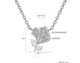 Flower pendant silver necklace