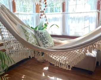 White Hammock, double size. Outdoor hammock. Hand Woven. Soft White Cotton hammock with Bell Fringe, wedding gift, wedding decoration