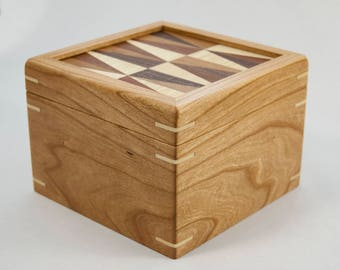 "Cherry wooden box with marquetry ""backgammon"" lid"