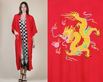 Vintage Embroidered Robe // Chinese Dragon Floral Red Pocket Robe - Small