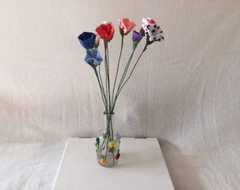 Decorative Artificial Flowers with Multicolored Material Patterns
