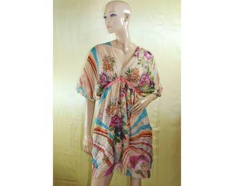 Vintage women dress 100% silk multicolor floral flowers