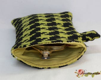 Glasses case in a beautiful houndstooth fabric