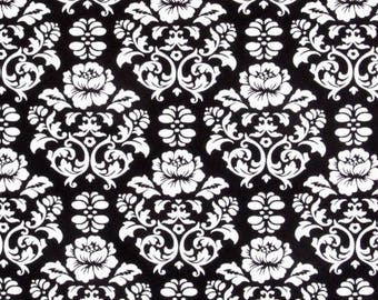 black and white patchwork fabric Robert KAUFMAN PIMATEX collection
