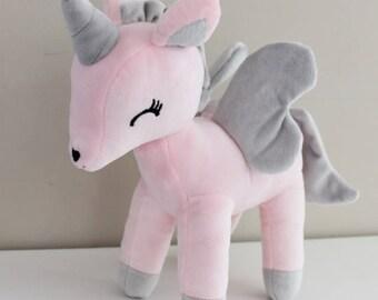 Unicorn plush - size L (Pastel pink)