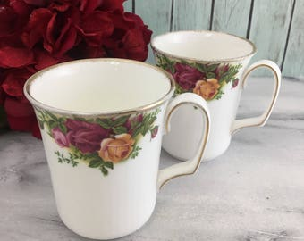 Set of 2 Royal Albert Old Country Roses Tea Coffee Cup Ribbed Mugs Vintage Fine Bone China Porcelain Made in England