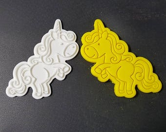 Unicorn Lifting fore Paws Cookie Cutter and Stamp