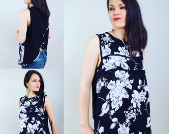 High woman, backless top, open back top, black and white flowers, top reasons black flowers, black top, woman top, Bohemian, boho chic, romantic