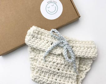Crochet baby bloomers, baby diaper cover, crochet nappy cover, newborn photo shoot prop, crochet bunny bloomers, new baby, baby shower gift