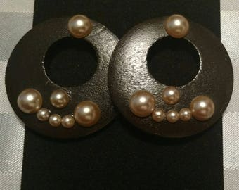 Deep brown earrings with pearls