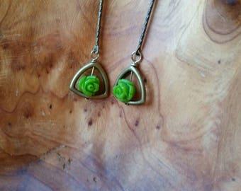 Earrings with pretty green flowers.