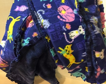 Lap Rag Quilt - Kitties on Blue Background (#001)