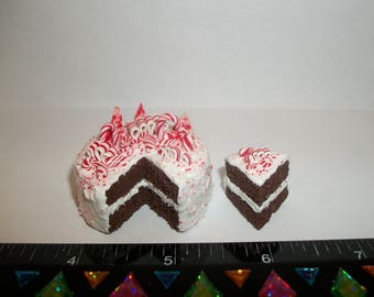 1:6 Play Scale Dollhouse Miniature Handcrafted Christmas Peppermint Dessert Cake Doll Food