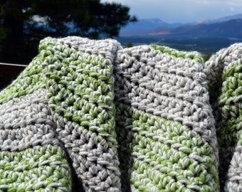 Green-gray-white crochet baby blanket; Thick crochet baby blanket; Striped baby blanket
