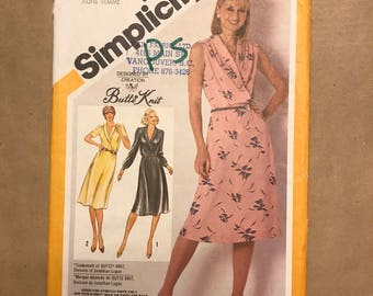 Vintage 1981 Sewing Pattern - Simplicity 9956 - Knit Dress