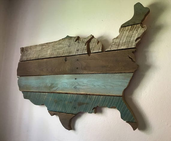 Map of USA made from re-purposed oak pallets.