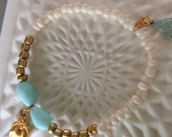 Summers bracelet in beige and blue 2