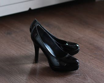Black Heel Shoes Vintage Retro 1970s Pumps Genuine Leather Women Girl Teen Retro Unique Classic Look Elegant Smart Style / Size 38 US 7 UK 5