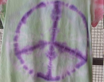 Peace baby! Tie dyed T-shirt