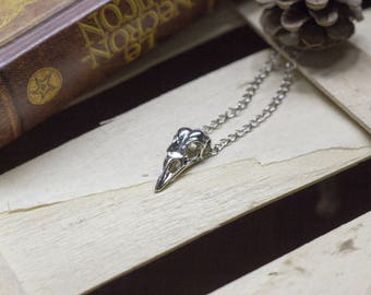 """simple """"birdy"""" bird pendant necklace - skull - Witch - Witchcraft - magic - pagan - wicca - mystical - esoteric"""