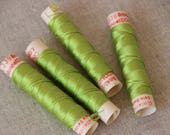 fil de soie gutermann, fil à coudre gutermann, cordonnet de soie gutermann, mercerie ancienne bobine de fil gutermann coloris vert 336