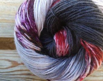 Weirdo on Maple Street Sock yarn - Handdyed Fingering wool/nylon 50g skein DYED TO ORDER - speckles variegated knitting laine teinte tricot