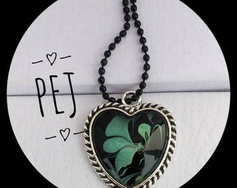 Black/Green,heart,cabochon,necklace,handpainted,giftsforher,watermarble