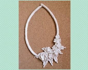 Irish crochet Flower necklace