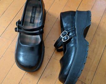Vintage 90's Black Mary Jane Platform Shoes, Size 8