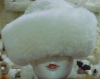 NEW Ladies Womens FINE 100% Baby Alpaca white  Fur Hat