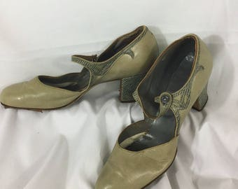 1920s Mary Jane Pumps