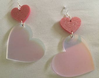 Heart Of Glass dangle (pink glitter/unicorn breath)