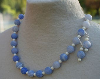 Light blue frosted agate necklace - White bead necklace - Blue necklace - Blue earrings