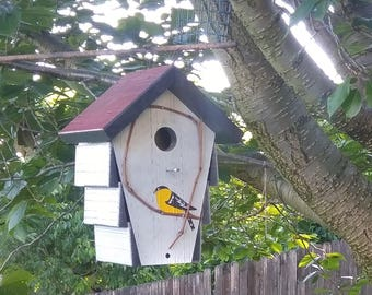 Birdhouse Corncrib House