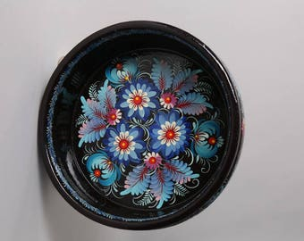 Wooden candy bowl with blue flowers