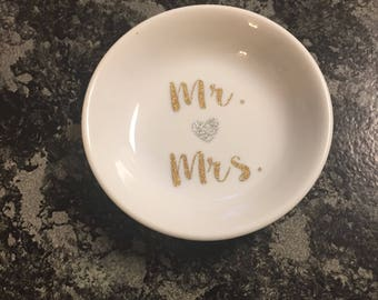 Personalized ring dish | customizable rig dish | gift for couple